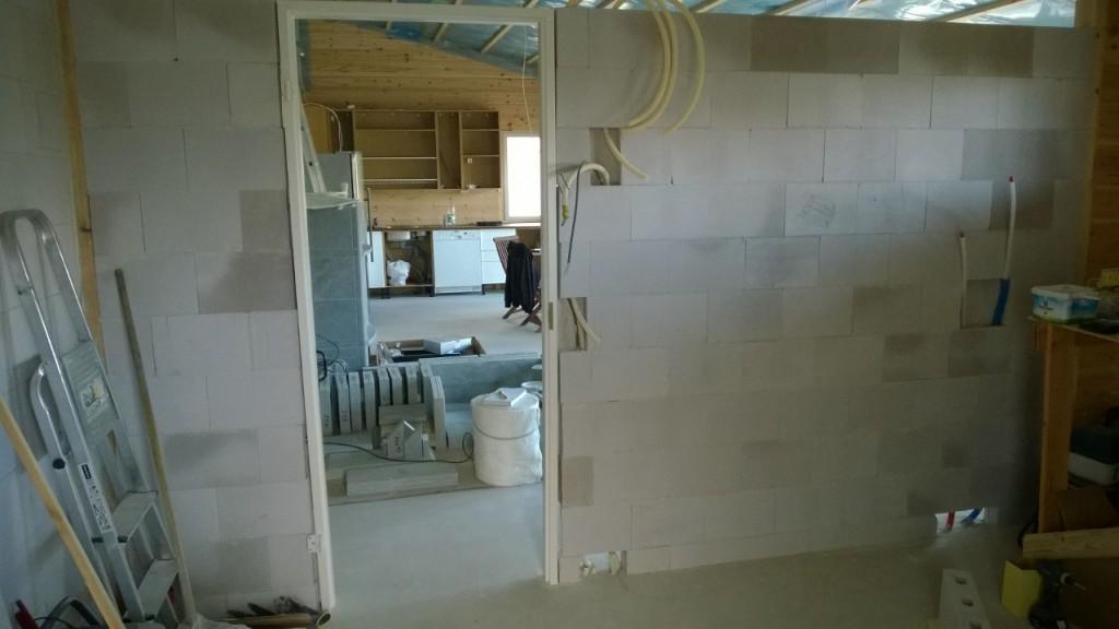 Kylpyhuoneen_Seinä2